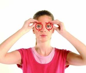 Eye Pinch - Facial Massage